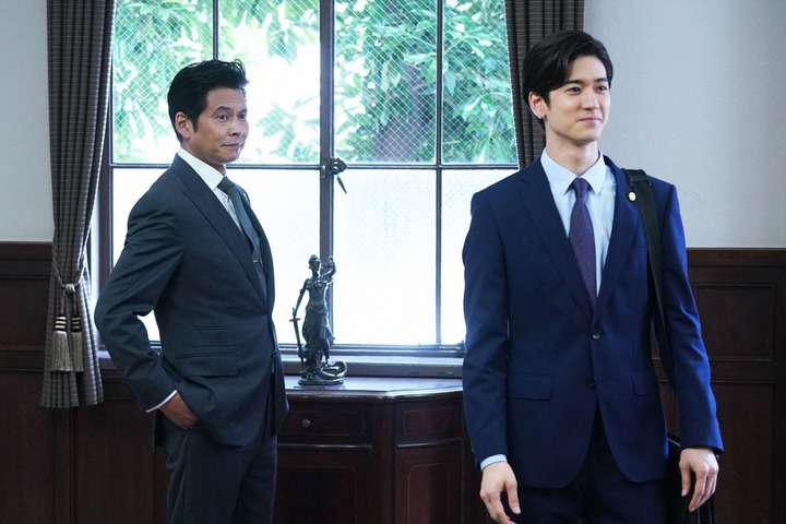 "<span class=""title"">SUITS/スーツ2:第11話 織田裕二が伊藤健太郎を弁護 上白石萌音・藤嶋が再登場</span>"
